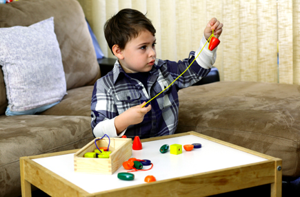 New study: Toddlers with autism don't avoid eye contact ...